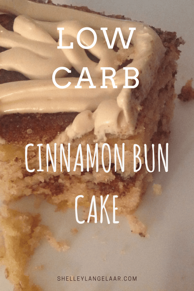 Cinnamon Bun Cake low carb